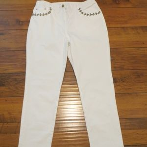 RUBY RD. WHITE JEANS CRUISEWEAR